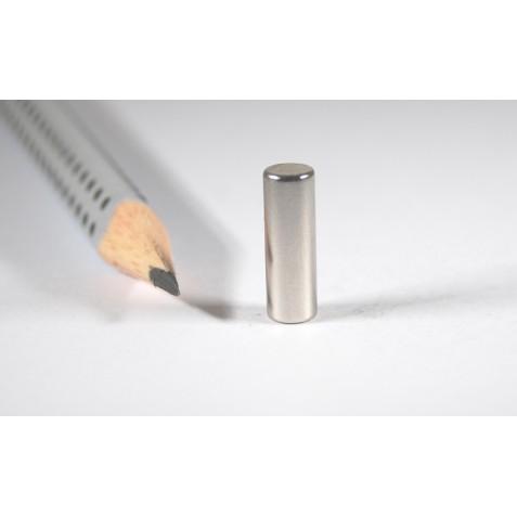 Magnet ø 5x15 mm, max. Haftkraft  1,5 kg