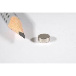 Magnet ø 6x2,5 mm diametral, max. Haftkraft 650 g