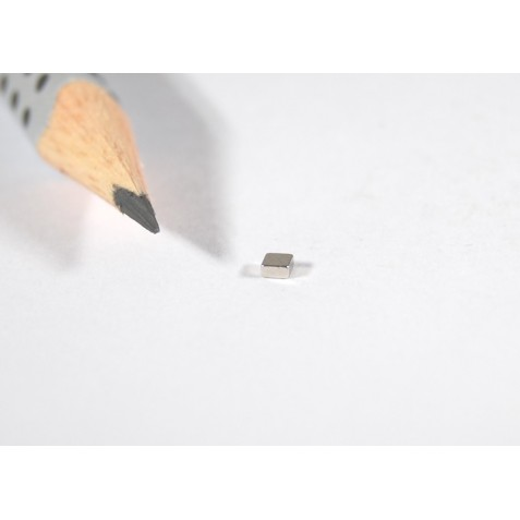 Magnet 2x2x1 mm, max. Haftkraft 75 g