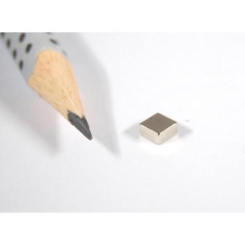 Magnet 4x4x2 mm, Haftkraft 450 g